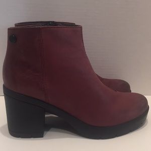 Bussola Ankle Boots